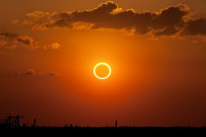 Annular_eclipse_-ring_of_fire-